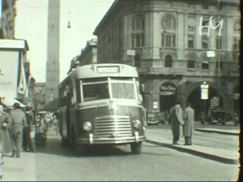 Angelo Marzadori, Bologna, Via Rizzoli, 1951, 8mm